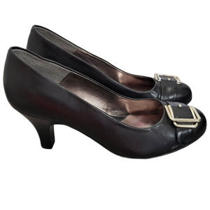 Eurosoft by Sofft Amberly Leather Pumps Buckle 9M